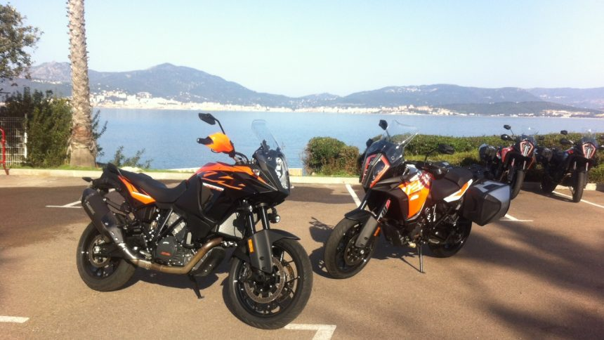 KTM Adventure 1090 et KTM Super Adventure 1290 S